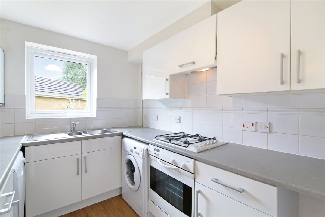 House to rent in Bedford Road, London, SW4 7HE - view - 3