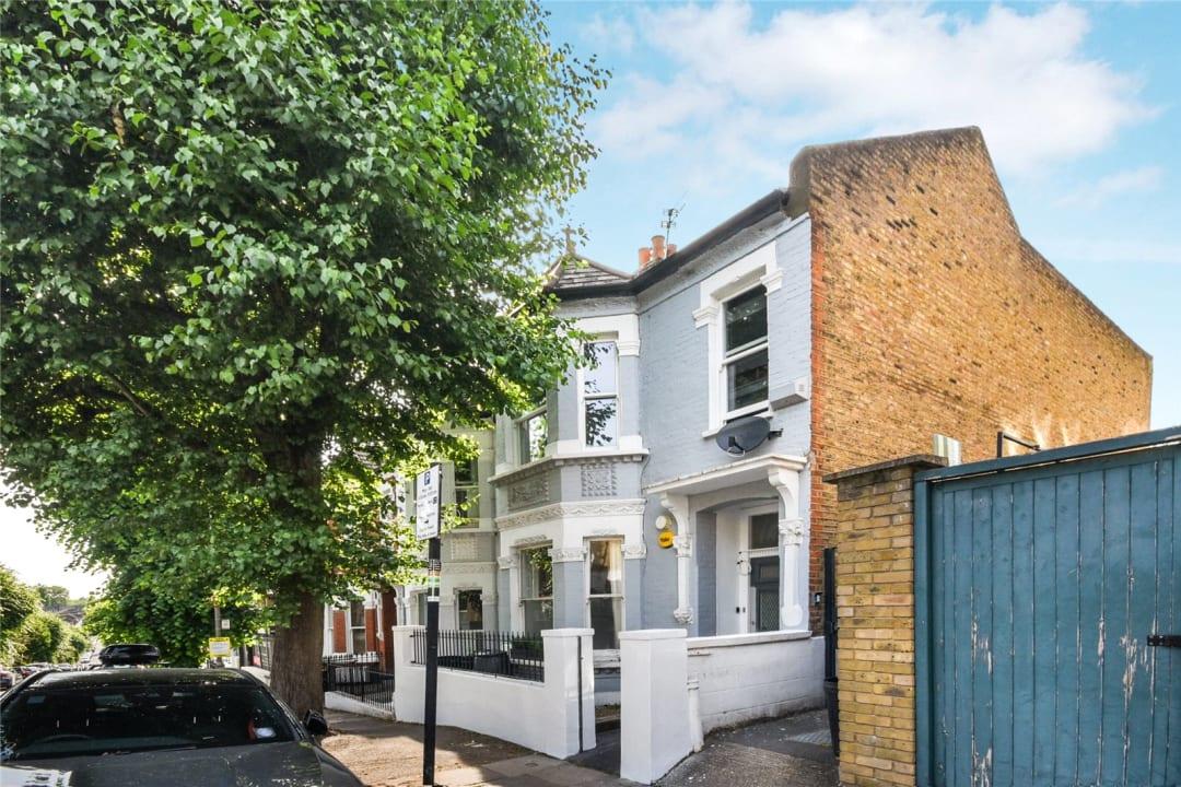 Flat to rent in Bramfield Road, London, SW11 6PZ - view - 9