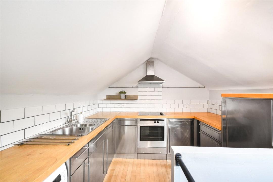 Flat to rent in Bramfield Road, London, SW11 6PZ - view - 2