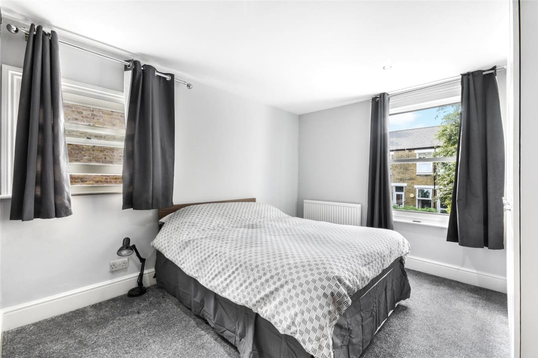 Flat to rent in Bramfield Road, London, SW11 6PZ - view - 4
