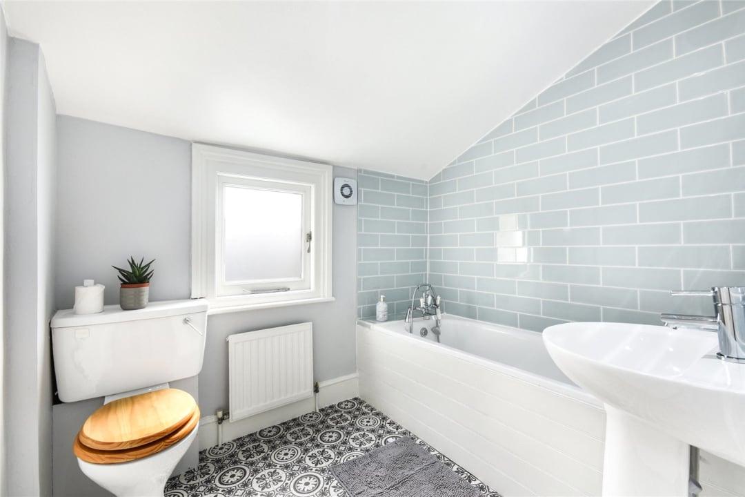 Flat to rent in Bramfield Road, London, SW11 6PZ - view - 7