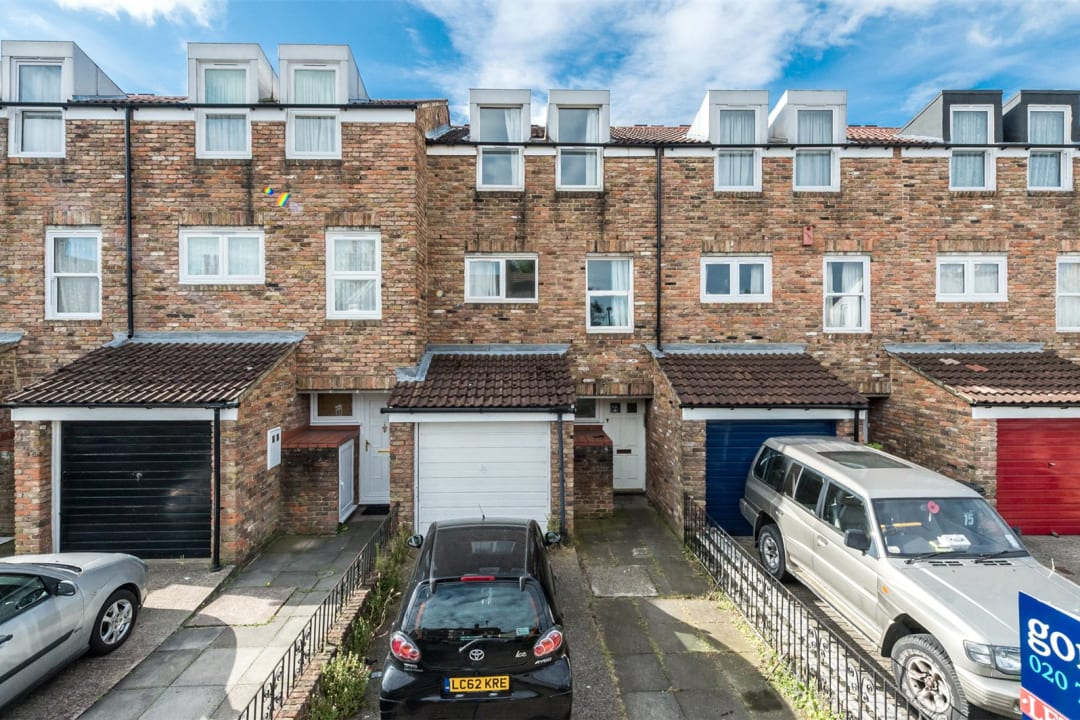 House to rent in Chale Road, London, SW2 4JB - view - 1