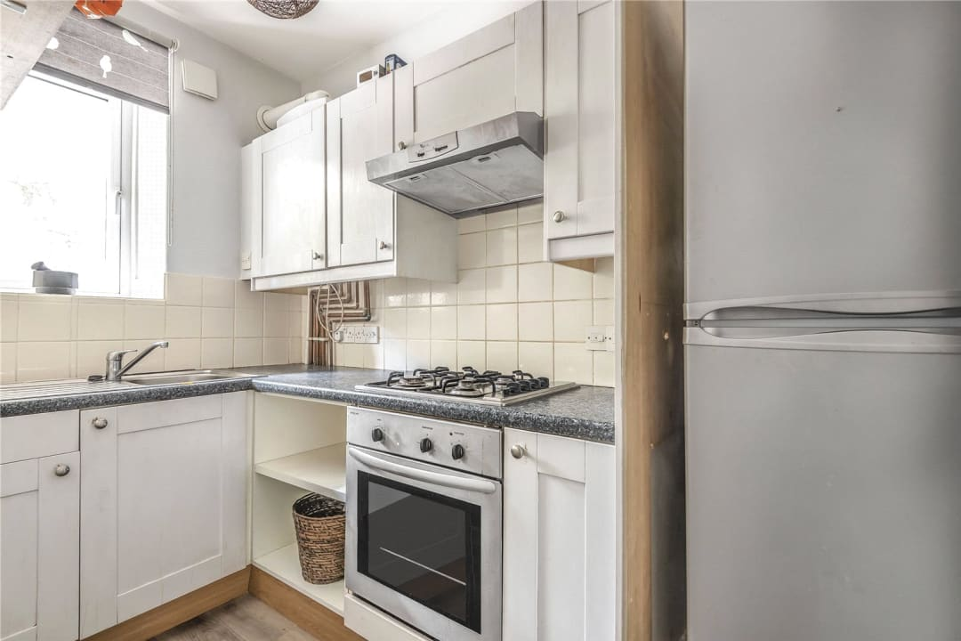 Flat to rent in Chalmers House, York Road, SW11 3QT - view - 2
