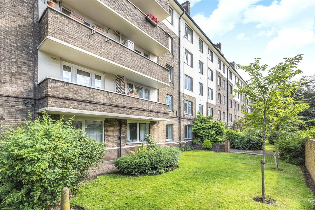 Flat to rent in Chalmers House, York Road, SW11 3QT - view - 7