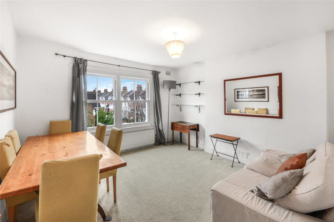 Flat to rent in Clapham Common West Side, London, SW4 9BA - view - 1