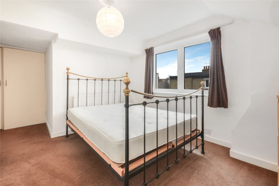 Flat to rent in Clapham Common West Side, London, SW4 9BA - view - 3
