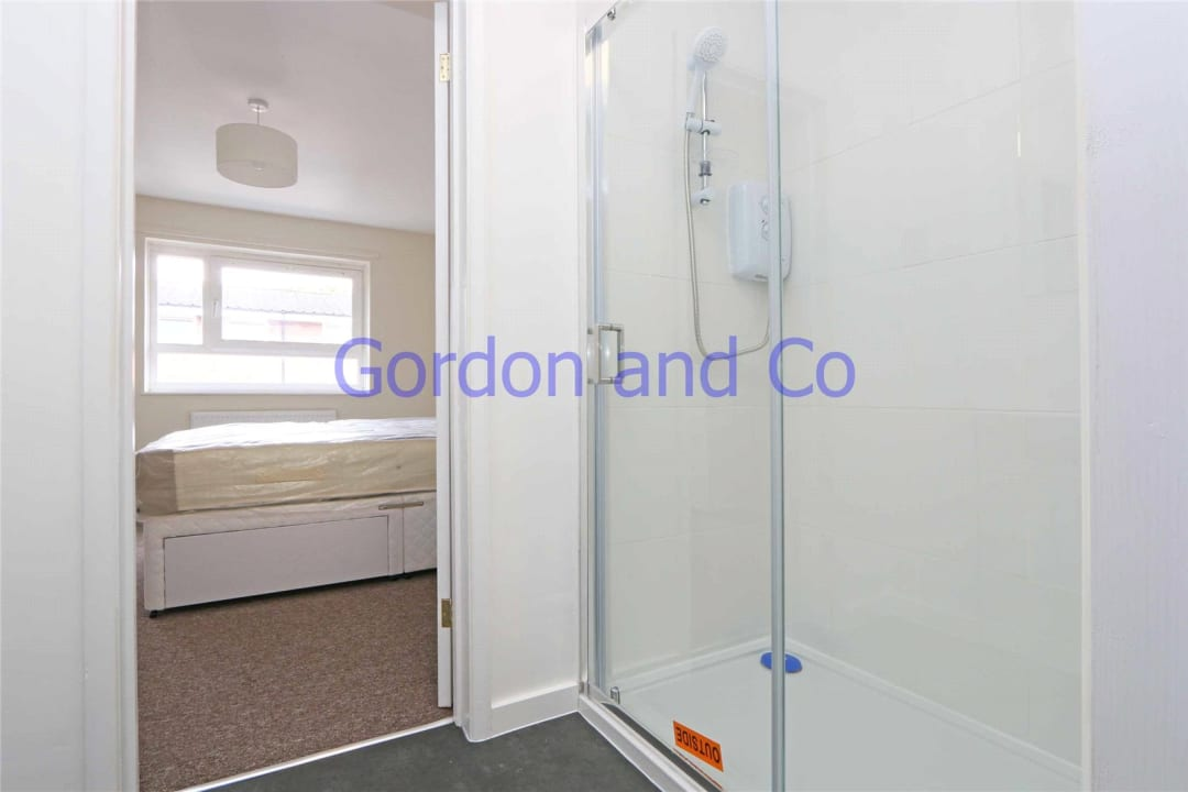 Flat to rent in Denland House, 117 Dorset Road, SW8 1AN - view - 8