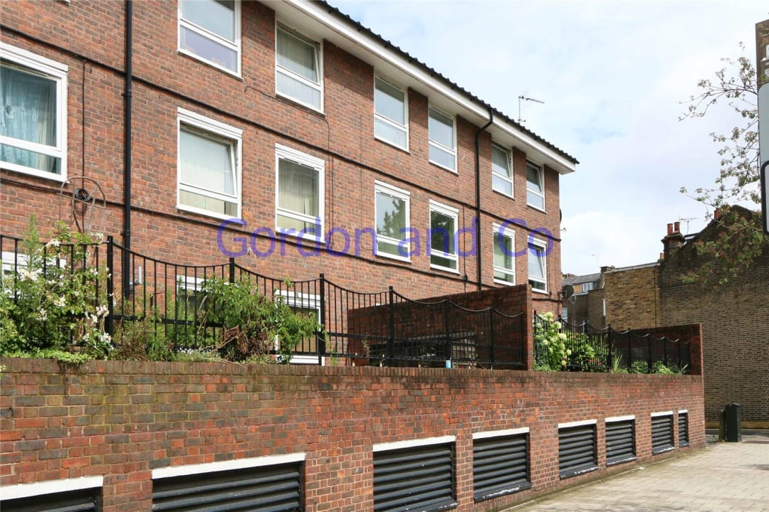 Flat to rent in Denland House, 117 Dorset Road, SW8 1AN - view - 1