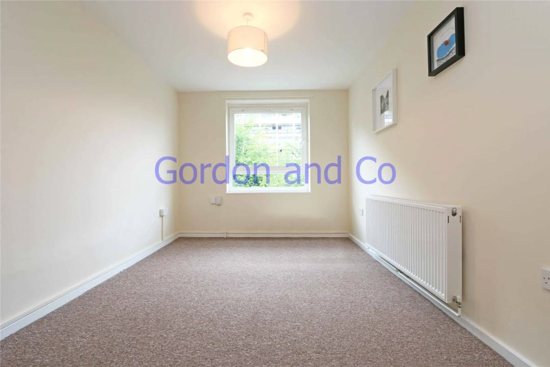 Flat to rent in Denland House, 117 Dorset Road, SW8 1AN - view - 4