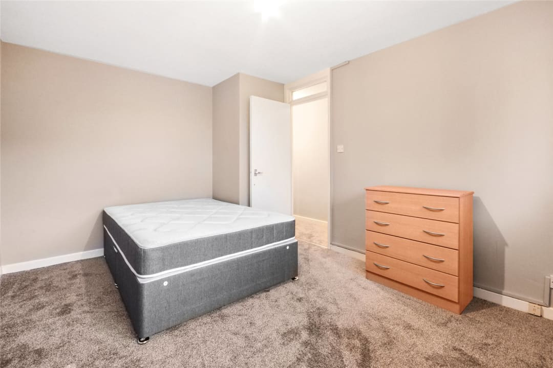 Maisonette to rent in East Hill, London, SW11 2RA - view - 5
