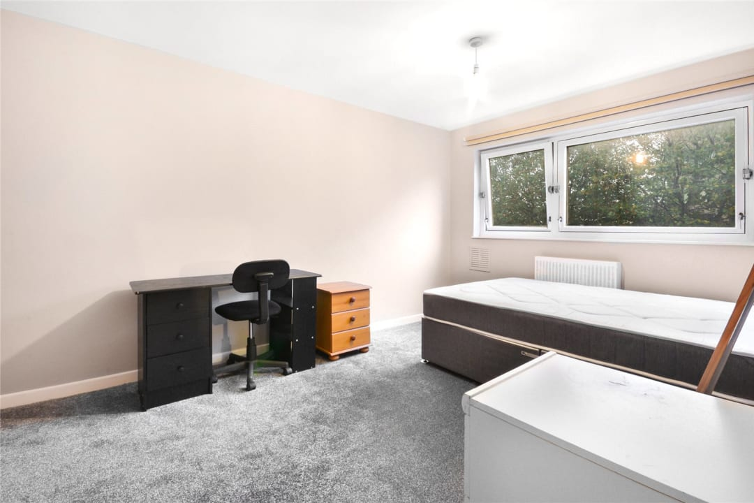 Maisonette to rent in East Hill, London, SW11 2RA - view - 6