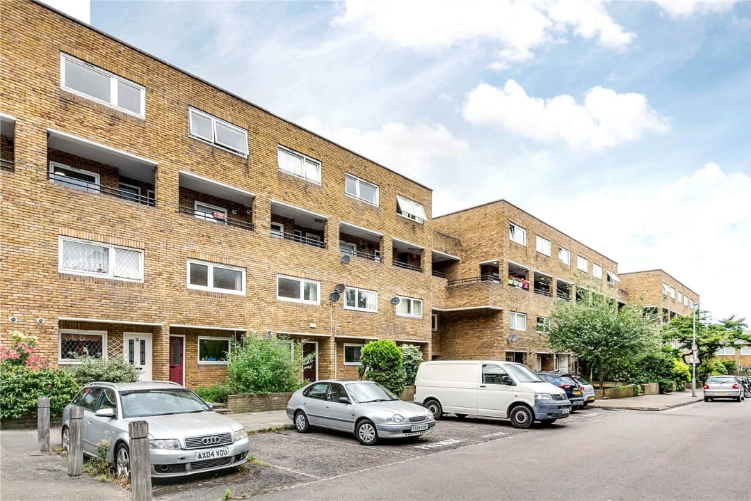 Maisonette to rent in East Hill, London, SW11 2RA - view - 1