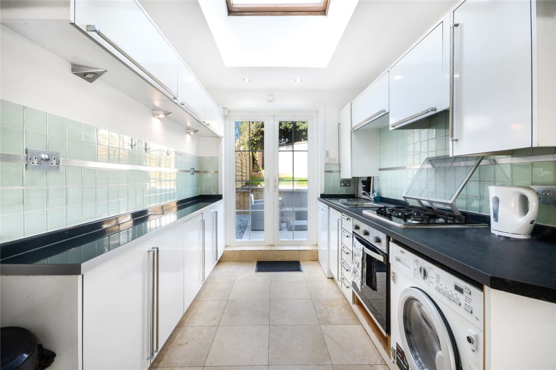 House to rent in Este Road, , SW11 2TL - view - 2