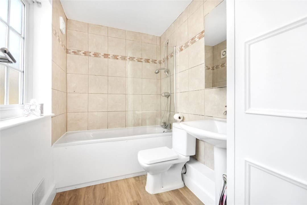 House to rent in Este Road, , SW11 2TL - view - 9