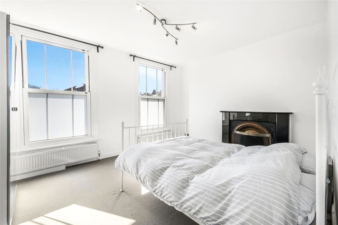 House to rent in Este Road, , SW11 2TL - view - 4