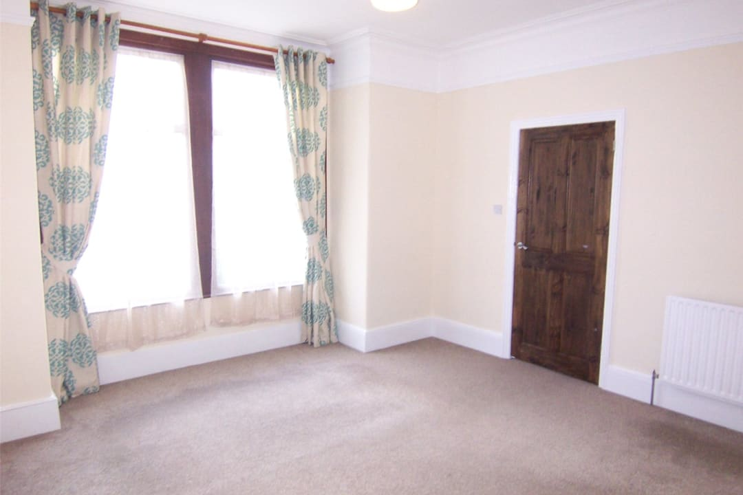 House to rent in Fairview Road, Norbury, SW16 5PY - view - 3