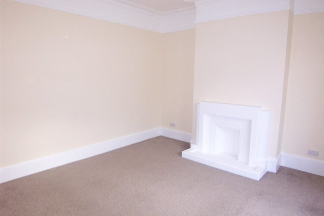 House to rent in Fairview Road, Norbury, SW16 5PY - view - 4