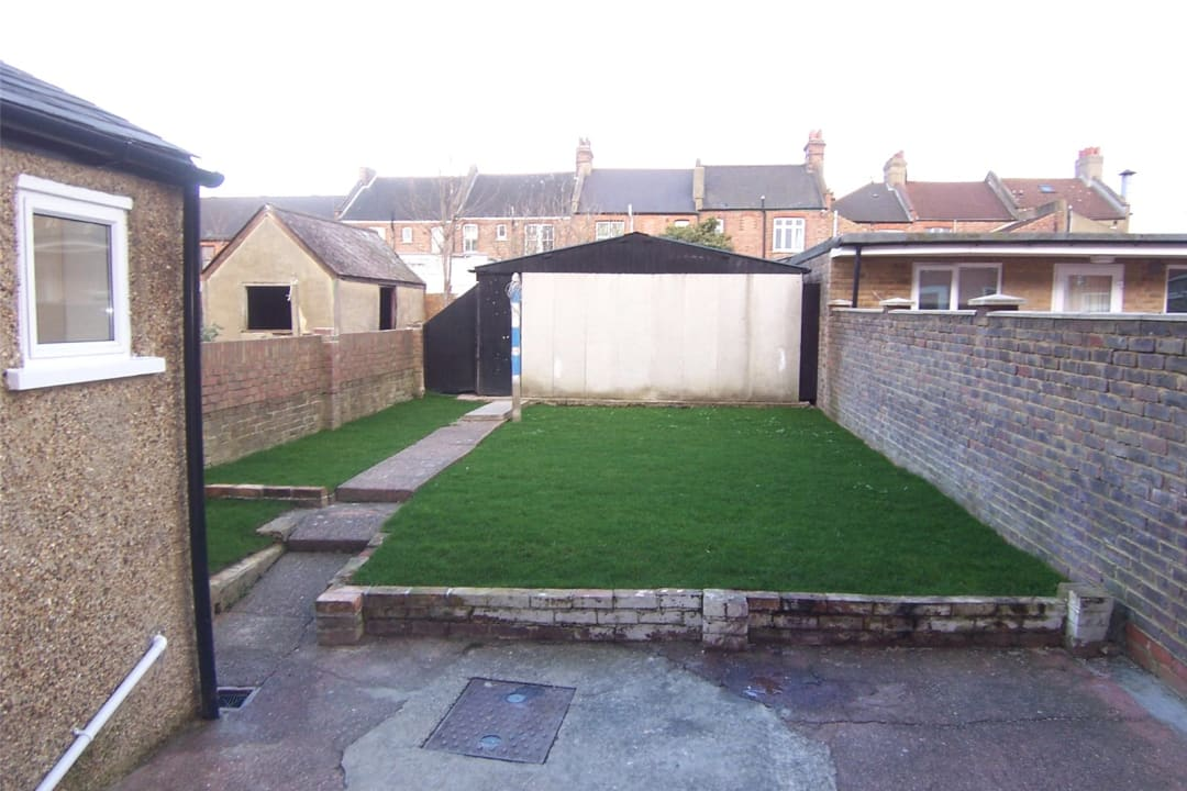 House to rent in Fairview Road, Norbury, SW16 5PY - view - 7