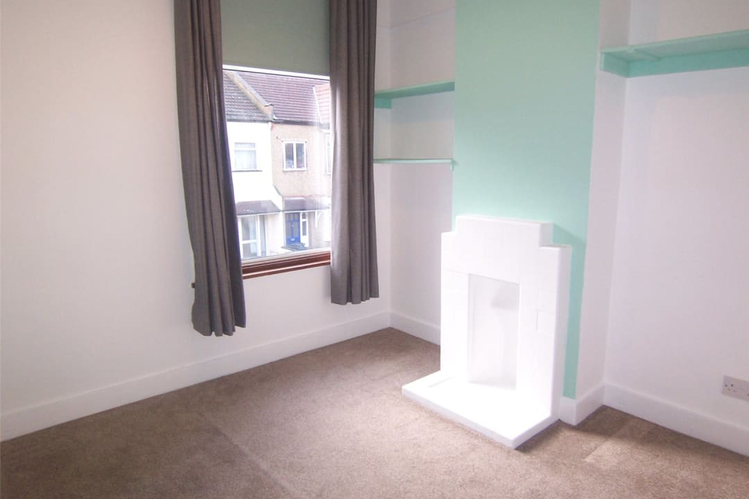 House to rent in Fairview Road, Norbury, SW16 5PY - view - 12