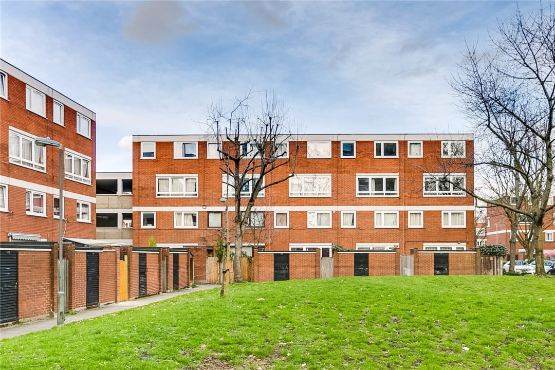 Flat to rent in Fraser Court, 50 Surrey Lane, SW11 3TF - view - 8