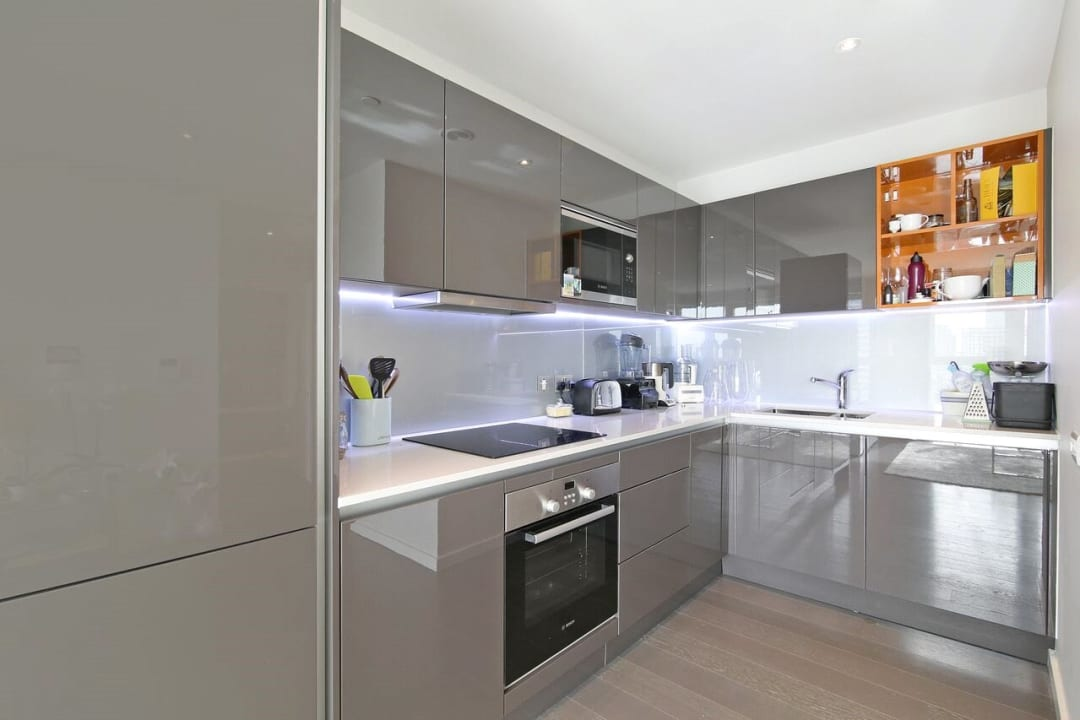 Flat to rent in Glasshouse Gardens, London, E20 1HR - view - 4