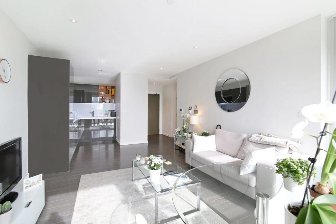 Flat to rent in Glasshouse Gardens, London, E20 1HR - view - 3