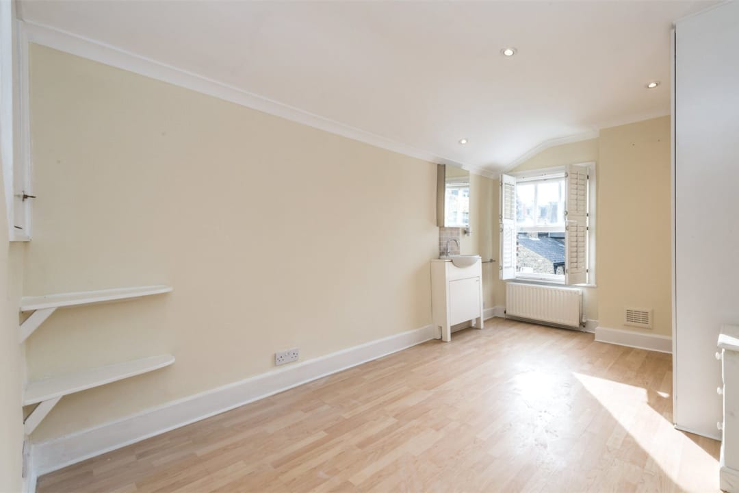 House to rent in Gowrie Road, London, SW11 5NR - view - 6