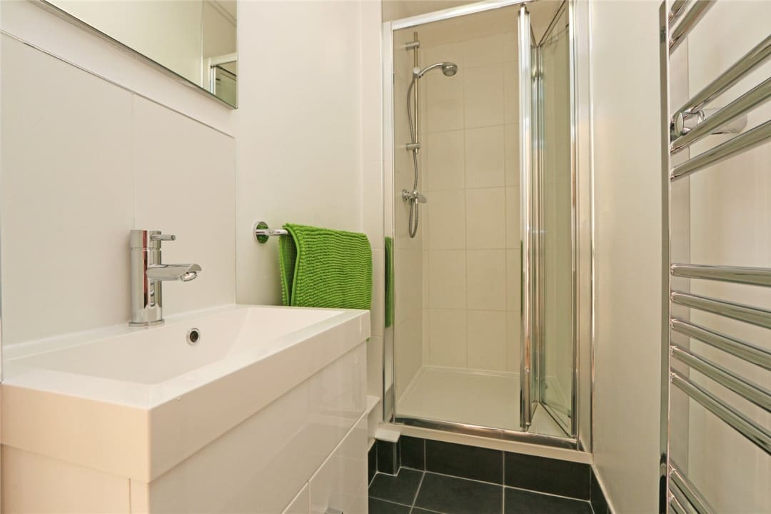 Flat to rent in Heath Road, London, SW8 3AR - view - 6