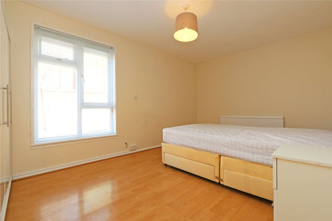 Flat to rent in Heath Road, London, SW8 3AR - view - 8