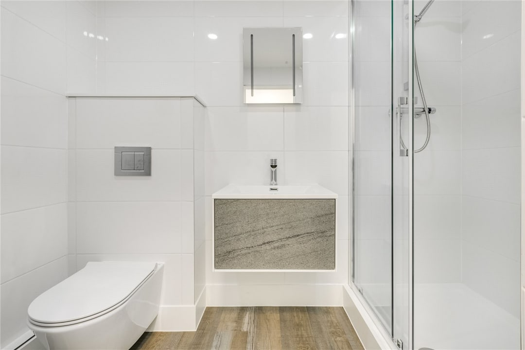 Flat to rent in Kite House, 50 Meyrick Road, SW11 2NJ - view - 7