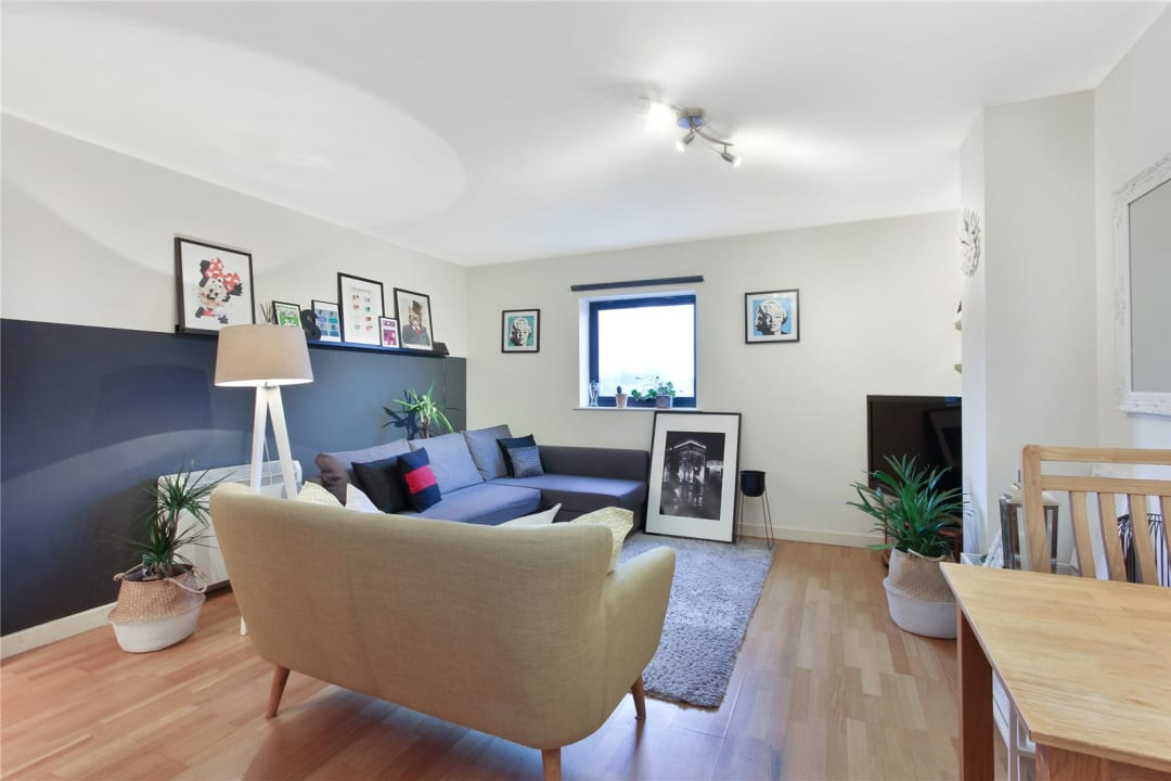 Flat to rent in London Road, Norbury, SW16 4EA - view - 2