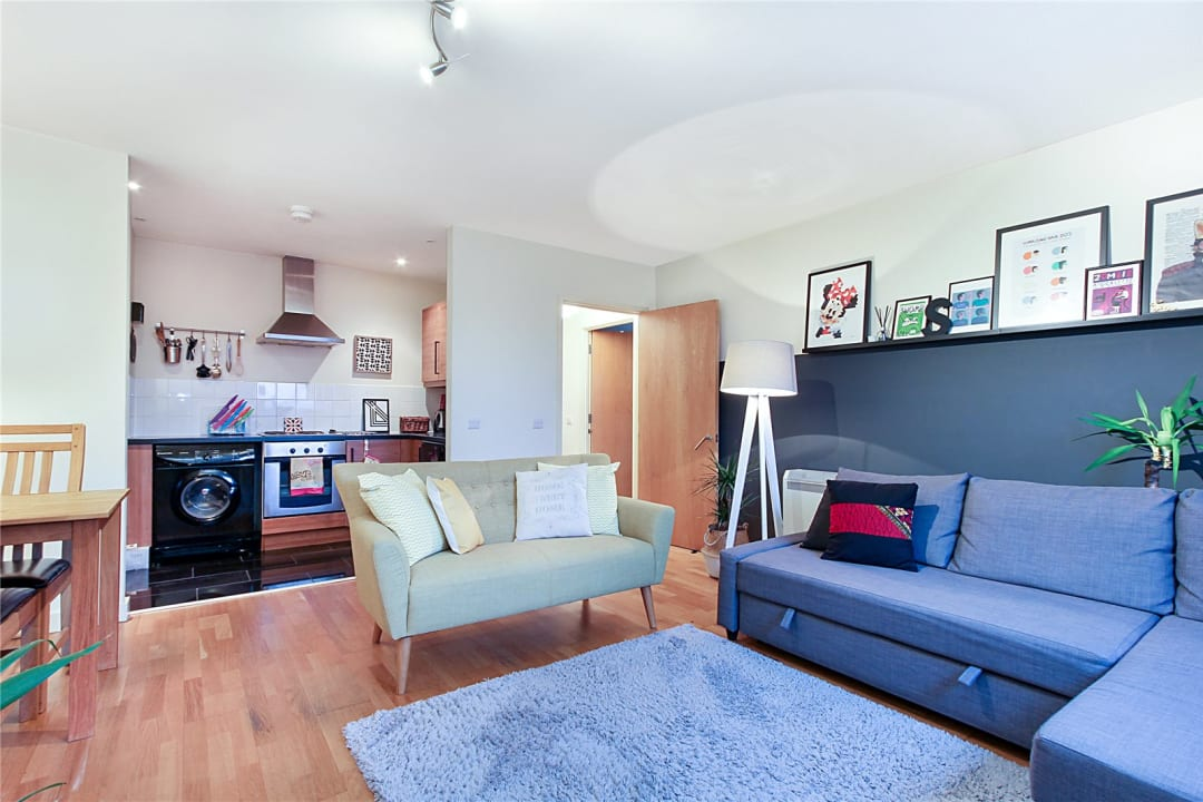 Flat to rent in London Road, Norbury, SW16 4EA - view - 3