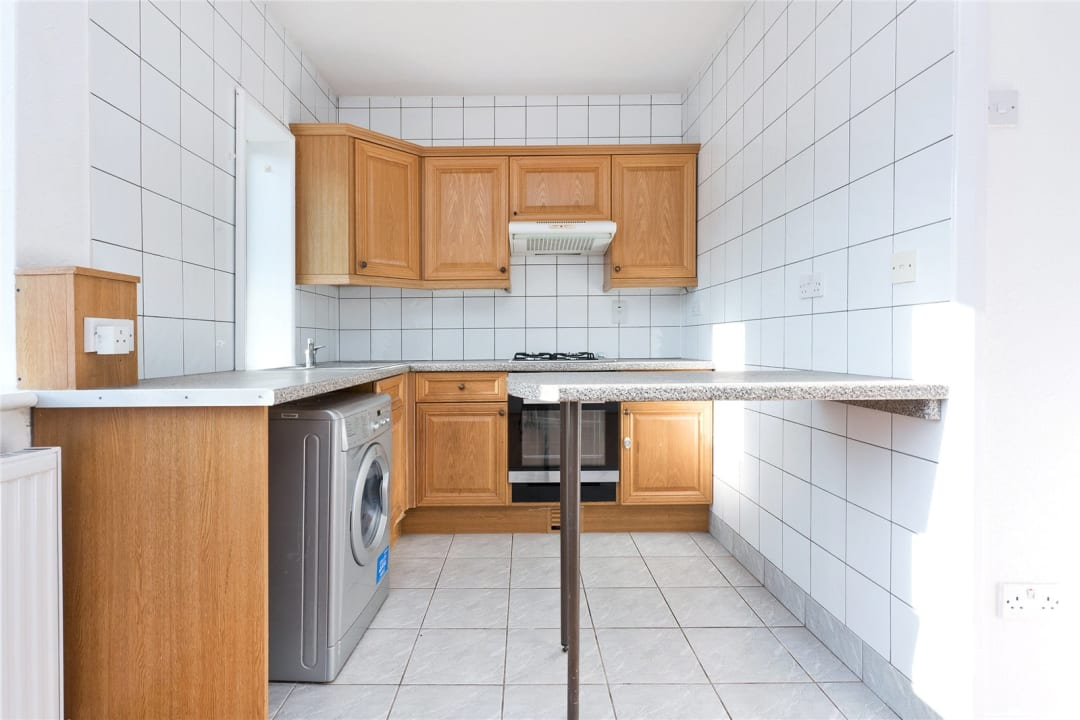 Flat to rent in Northborough Road, Norbury, SW16 4TR - view - 4