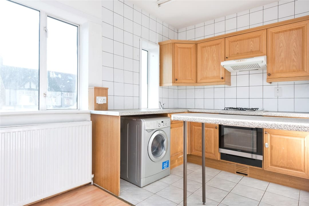 Flat to rent in Northborough Road, Norbury, SW16 4TR - view - 3