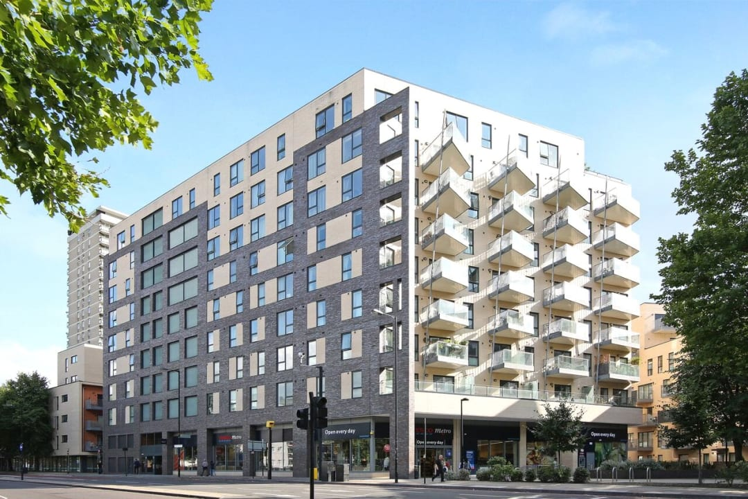 Flat to rent in Parker Building, Jamaica Road, SE16 4EF - view - 3