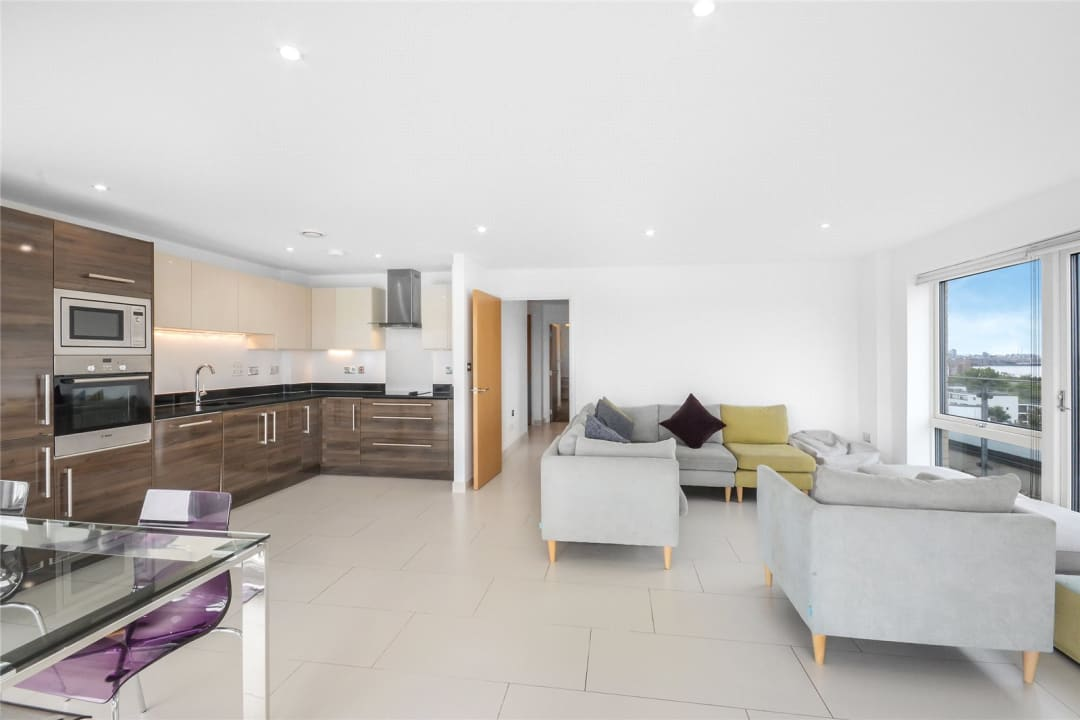 Flat to rent in Parker Building, Jamaica Road, SE16 4EF - view - 6