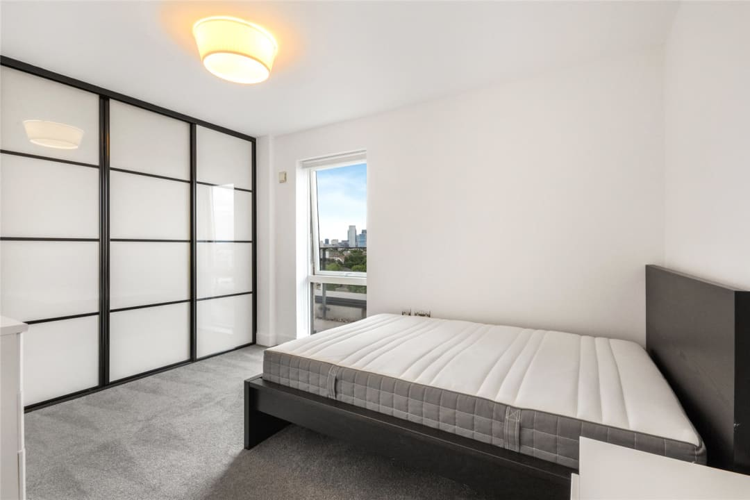 Flat to rent in Parker Building, Jamaica Road, SE16 4EF - view - 9