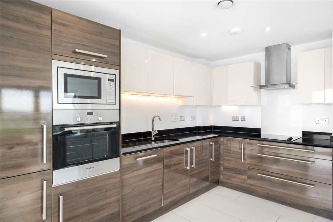 Flat to rent in Parker Building, Jamaica Road, SE16 4EF - view - 8