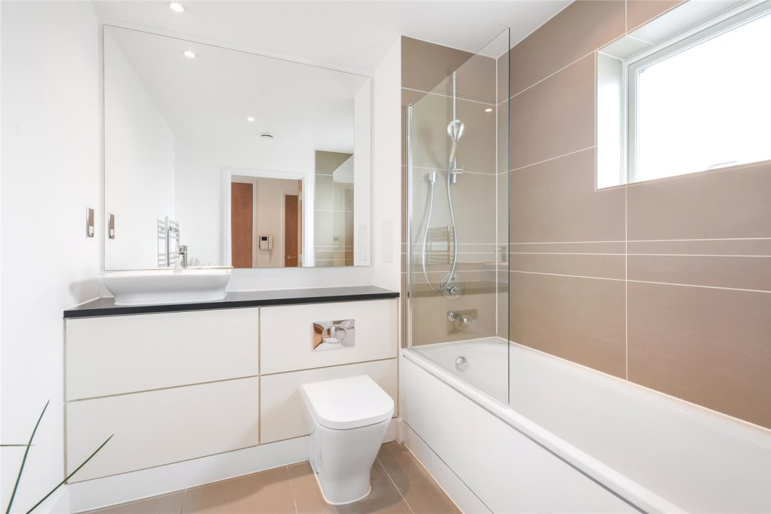 Flat to rent in Parker Building, Jamaica Road, SE16 4EF - view - 5
