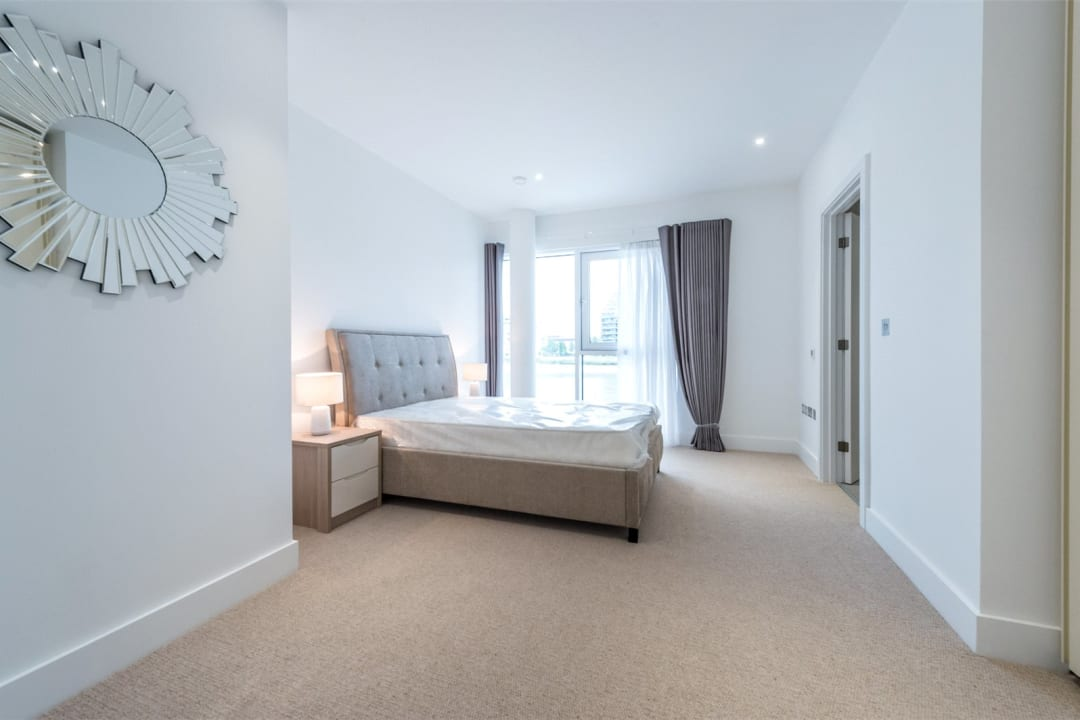 Flat to rent in Riverwalk Apartments, 5 Central Avenue, SW6 2GQ - view - 5