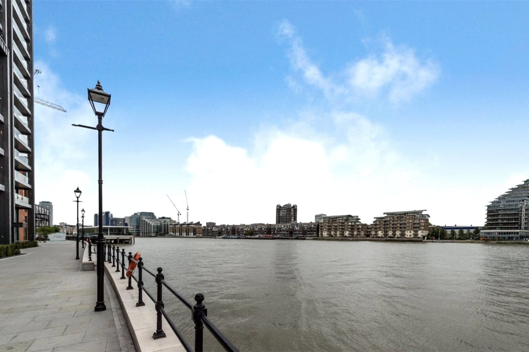 Flat to rent in Riverwalk Apartments, 5 Central Avenue, SW6 2GQ - view - 10