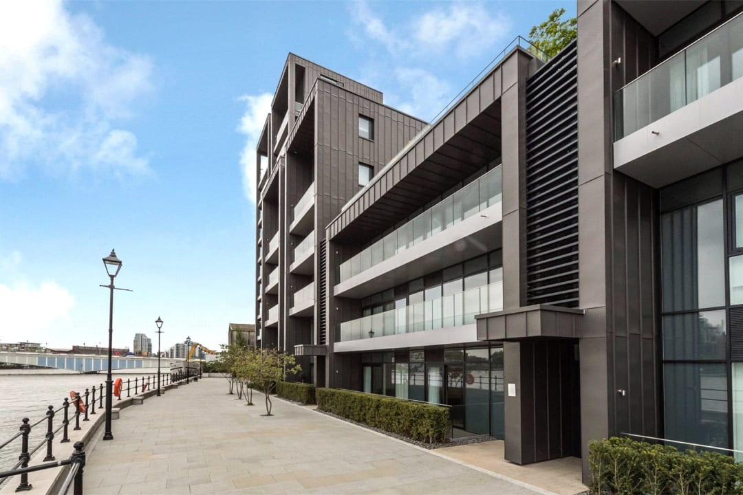 Flat to rent in Riverwalk Apartments, 5 Central Avenue, SW6 2GQ - view - 1