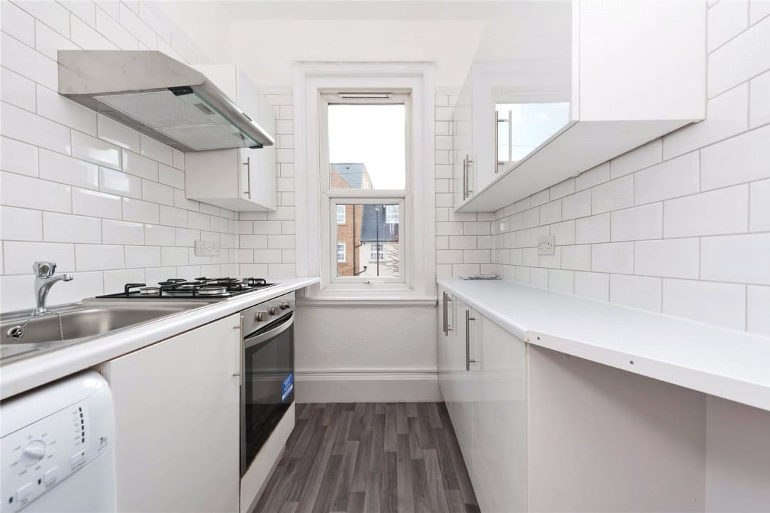 Flat Share to rent in Semley Road, Norbury, SW16 4PH - view - 5