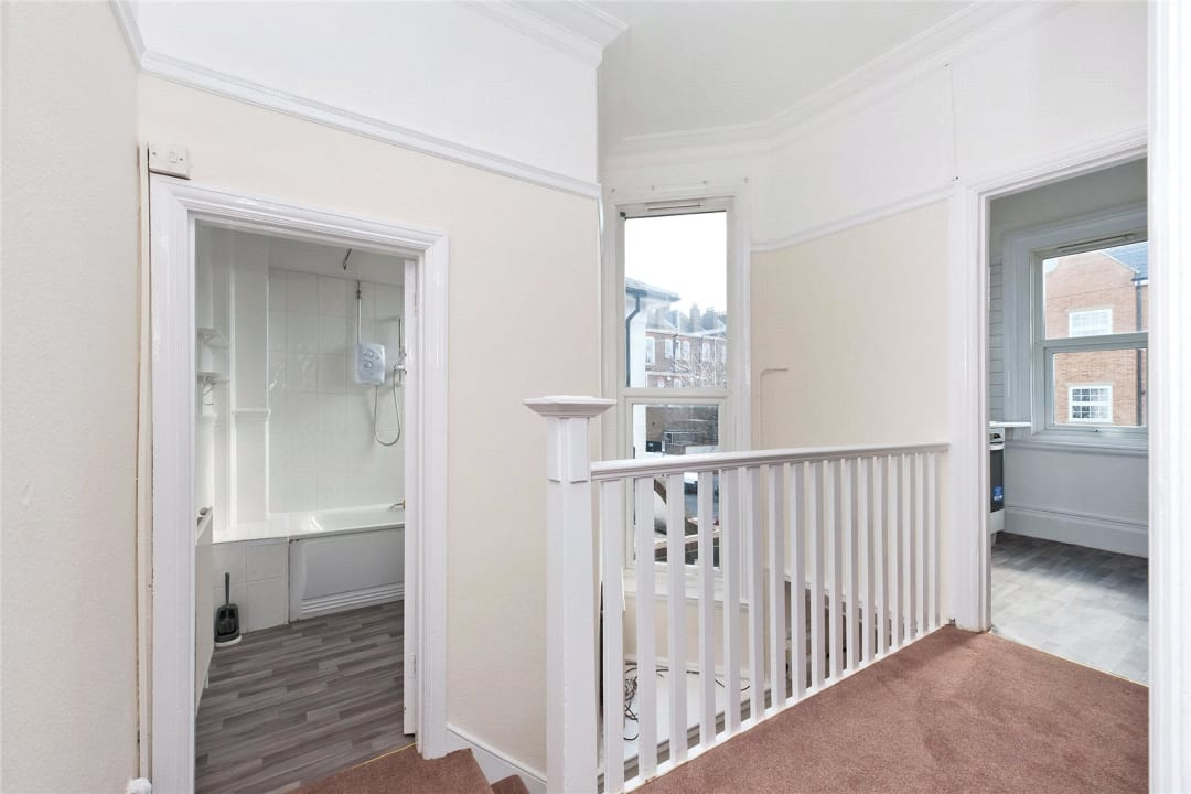 Flat Share to rent in Semley Road, Norbury, SW16 4PH - view - 6