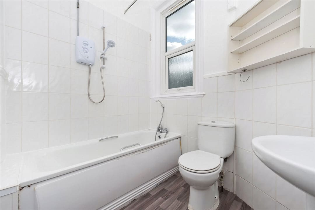 Flat Share to rent in Semley Road, Norbury, SW16 4PH - view - 7