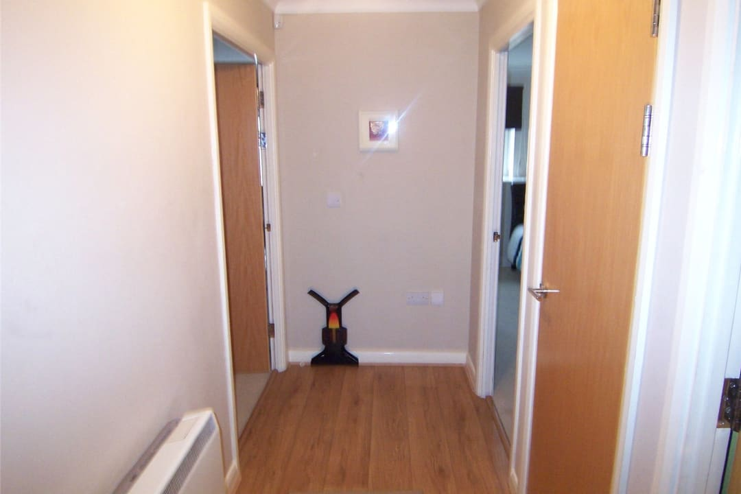 Flat to rent in Solent Court, 1258 London Road, SW16 4EY - view - 7