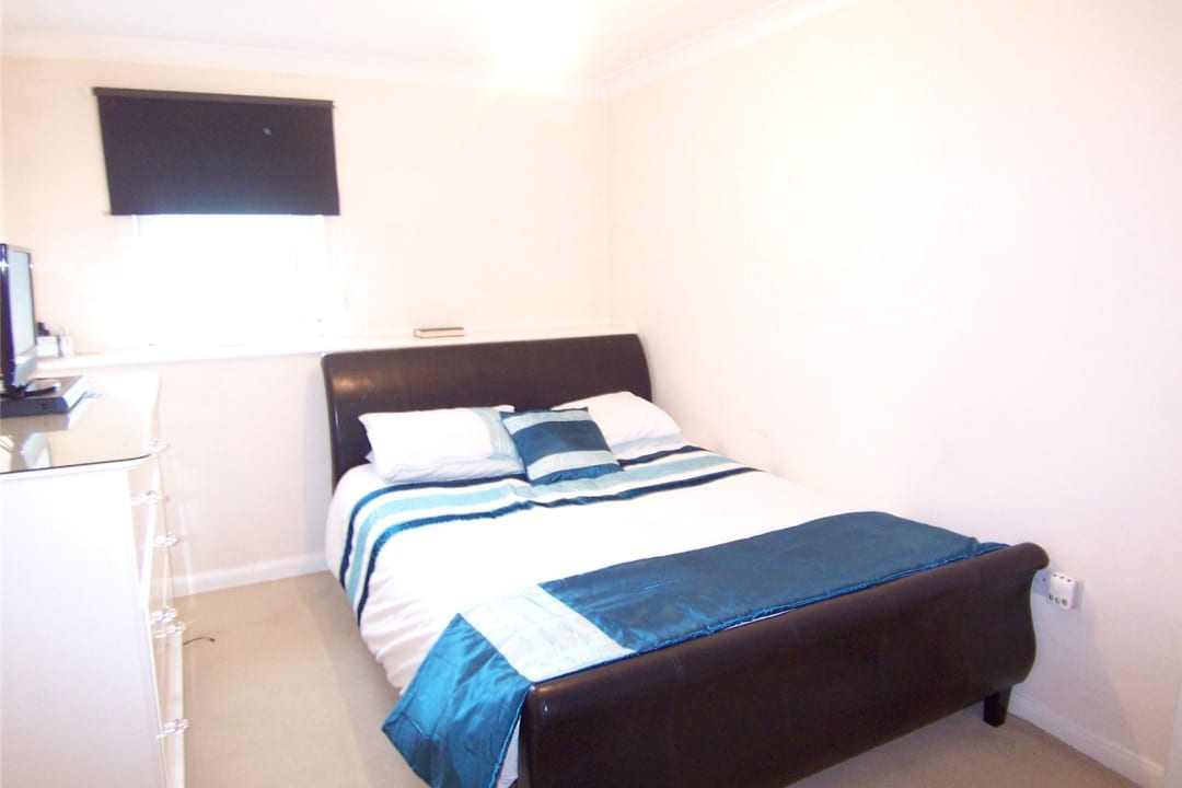 Flat to rent in Solent Court, 1258 London Road, SW16 4EY - view - 5