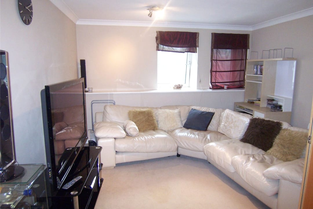 Flat to rent in Solent Court, 1258 London Road, SW16 4EY - view - 2