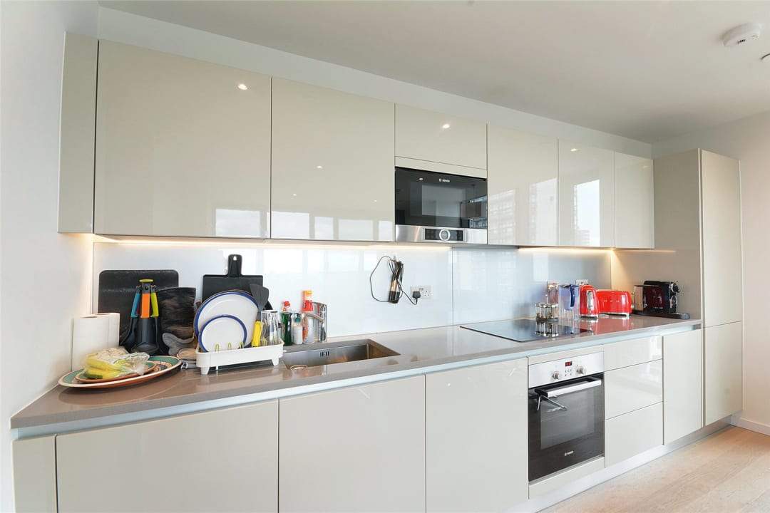 Flat to rent in St. Gabriel Walk, London, SE1 6FA - view - 2