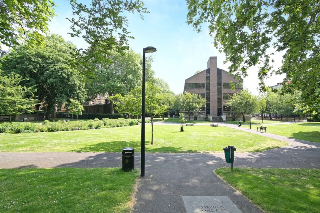 Flat to rent in St. Olaves Estate, Druid Street, SE1 2EX - view - 5